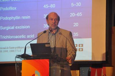 Giáo sư Marc Steben, Viện Y tế cộng đồng Québec-Canada thuyết trình về bệnh học liên qua đến HPV.