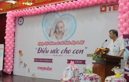 http://www.benhvienphusantrunguong.org.vn/stores/news_dataimages/bvpstwadministrator/082015/03/14/croped/IMG_8568.jpg
